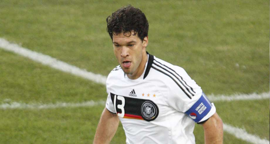 ballack schw rmt in den h chsten t nen von rb leipzig. Black Bedroom Furniture Sets. Home Design Ideas